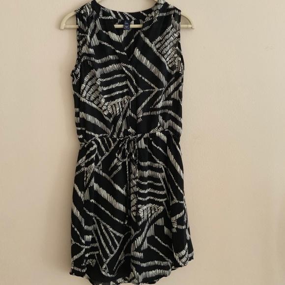 GAP Dresses & Skirts - Gap size XS dress